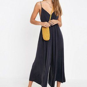 URBAN OUTFITTERS MOLLY CULOTTE JUMPSUIT BLACK M